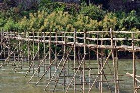 Laos (90)